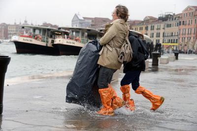 Venecia tiene inundaciones a menudo causadas por los fuertes vientos que envían agua desde la laguna.