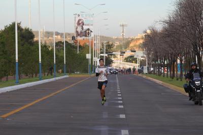 El segundo escalón fue ocupado por Jessica Castillo, con 46:43.3.