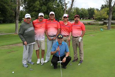 Jorge, Ernesto, Alejandro, Mario, Rigoberto y Eugenio.