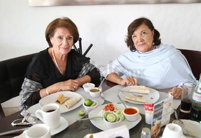 Silvia Muller y Norma Villareal.