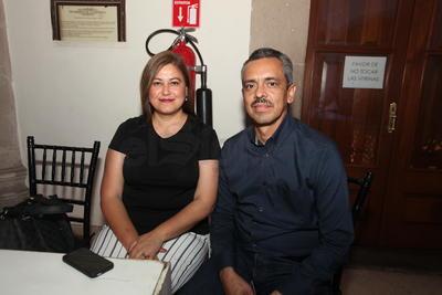 Erika Gallardo y Luis Maldonado.