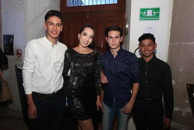 Isaí Chavarría, Gerzon Moisés, Verónica Rodríguez y Abraham Álvarez.