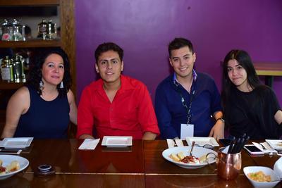 04102018 Alicia, Alejandro, Héctor y Vanya.
