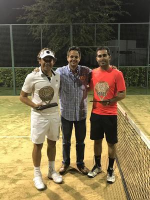 Manolo Jaidar con Mario y Jorge campeones de Segunda Fuerza