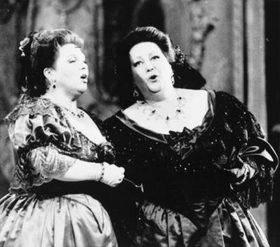 Caballé, reconocida internacionalmente, fue una de las grandes voces líricas del siglo XX, la más universal de las cantantes españolas de ópera, a la altura de la griega Maria Callas, la australiana Joan Sutherland, la alemana Elisabeth Schwarzkopf o la italiana Renata Tebaldi, tanto por su calidad vocal como por el dominio técnico.