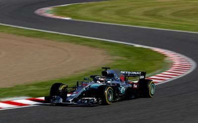 Hamilton ha ganado seis de las últimas siete carreras y ahora aventaja a Sebastian Vettel por 67 puntos, faltando cuatro carreras.