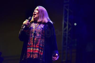 La peruana llegó a La Laguna a unas semanas de haber sido nominada a los premios Grammy Latinos por su álbum, José Alfredo y yo, en el que una vez más le rinde homenaje al fallecido artista.
