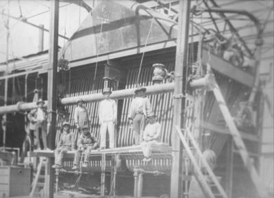 07102018 Primer planta eléctrica diesel que instaló el Sr. Enrique Orozco Savedra en los años 20, ubicada en Allende entre Múzquiz y Ramos Arizpe.