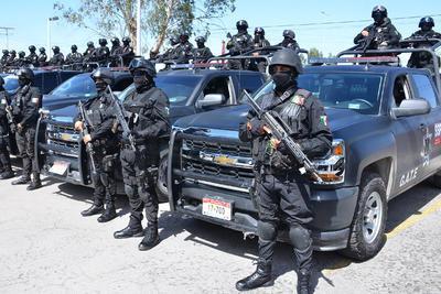 En el edificio Coahuila, alrededor de 200 elementos de las corporaciones policiacas estatales emprendieron lo que serán medidas de contención para que los delitos no sigan subiendo en los meses que restan del año.