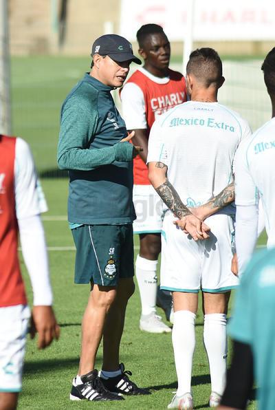 Santos continúa su preparación en la pausa de la fecha FIFA