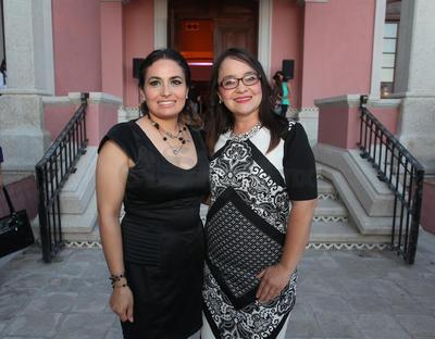 Marisol y Paloma Aguirre.