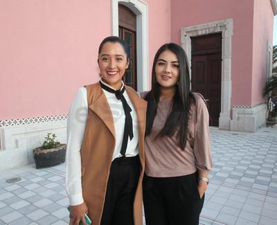 Priscila Guereca y Karla  Quinteros.