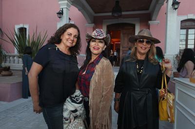 Leticia Farías, Grisel Mayen y Ana Isabel Haro.