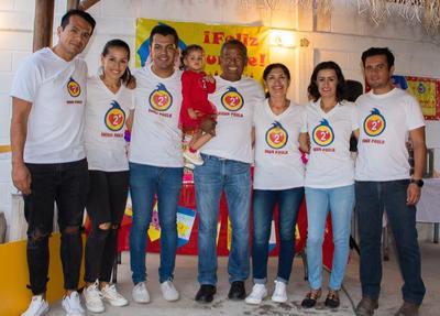 11102018 Adrián, Rocío, Carlos Francisco, Emma, Carlos Bernardo, Yolanda, Erika y Dorian.