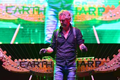Así lo demostró anoche durante el concierto que ofreció en la Plaza Mayor, como parte del Festival Internacional de las Artes de Coahuila Julio Torri 2018, del que fue el encargado de abrir la cartelera en La Laguna.