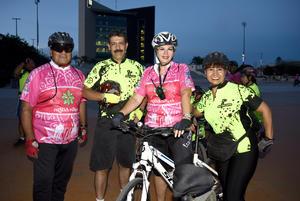 12102018 CICLISTAS.  Juan, Fernando, Laura y Silvia.