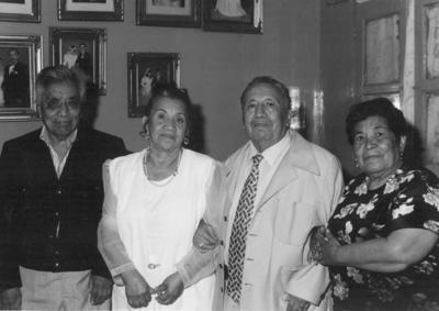 14102018 Gregorio Méndez y Clara Trejo acompañando a Teresa de Santiago y Luis Trejo en sus Bodas de Oro.