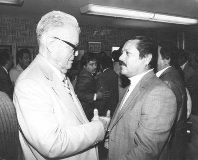 14102018 C.P. Roberto Pérez Escareño y el Líder Cetemista, Fidel Velázquez, hace décadas, en Gómez Palacio, Durango.