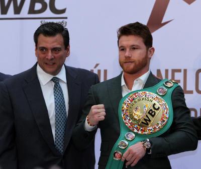 Sulaimán destacó que la carrera del pugilista debe ser reconocida, pues se muestra la grandeza de un mexicano.