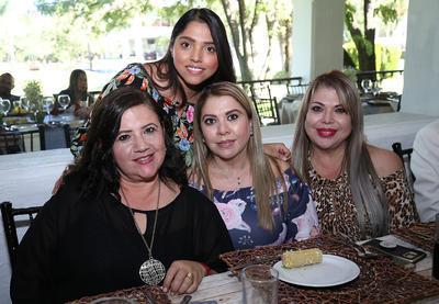 Conni Lazarín, Saide Corrales, Sandra Navarro y Nora Carvajal.