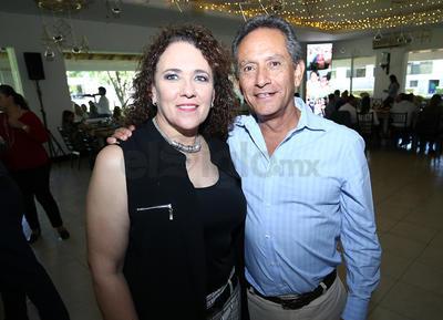 Johanna Prado y Carlos Núñez.