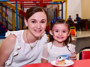 Paulina y Carolina