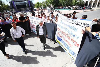 Por la tarde, como parte de su gira de agradecimiento por diversos estados del país, López Obrador acudirá a la Plaza de Armas donde realizará un acto público.