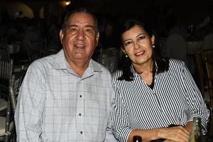 Genaro y Leticia