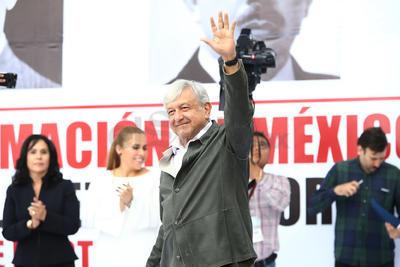Las pláticas de autoridades duranguenses con el presidente electo, Andrés Manuel López Obrador, redundaron en el anuncio de más de 3 mil millones pesos extra a los más de 6 mil inicialmente considerados para programas de Bienestar Social. Ese excedente será orientado a la generación de empleo.