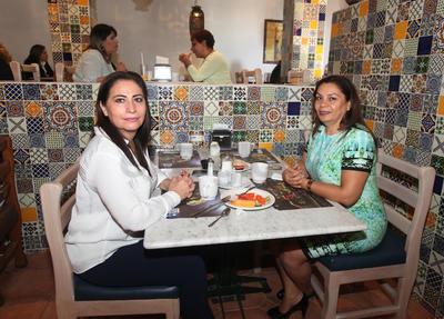 Martha Quiroz y Rocío Carmona.