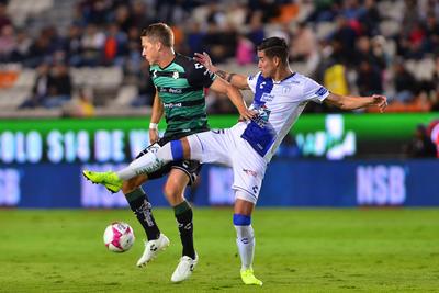 Tras casi noventa minutos de desventaja, Santos Laguna, de la firma de Julio Furch, consiguió repartir unidades contra Tuzos de Pachuca en la jornada 13 del Apertura 2018.