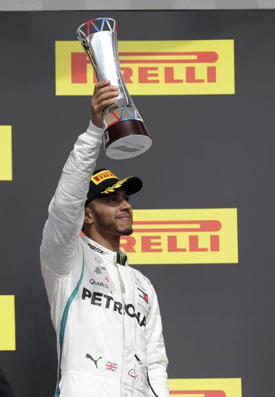 El británico Lewis Hamilton (Mercedes), que fue tercero y no pudo dejar ya sentenciado su quinto título.