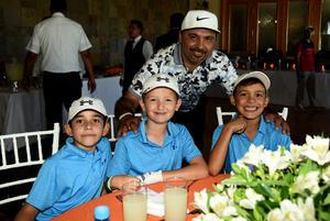 22102018 Max, Theo, Jorge y Jorge Jr.