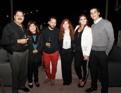 Miguel, Karina, Denisse, Juan José, María y Gerardo.
