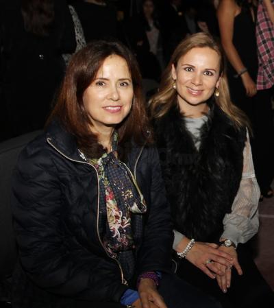 Claudia Castañeda y Paola Guerrero.