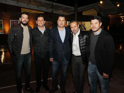 Arturo Cano, Roberto Quintero,  Jaime Aguilar, Rubén Nava y Alejandro de la Parra.