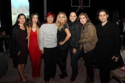 Aurora Fragoso, Selene Maldonado, Araceli Ríos, Sonia Cisneros, Claudia Gorjón, Alma Gurrola y Yolanda Ayala.