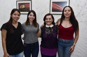 23102018 Maribel, Charo, Daniela y Celia.