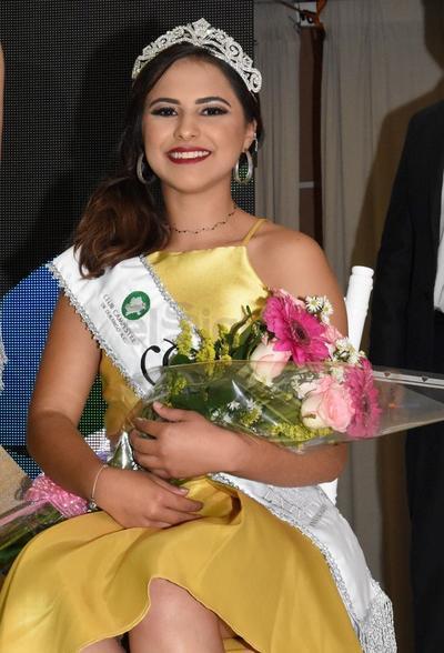 Mariel Alexa Sifuentes Macias, reina del Comité de Tenis