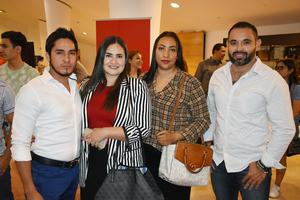 25102018 Homero, Alejandra, Gemima y Chegar.