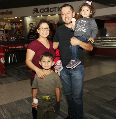 Familia Calderón Herrera.