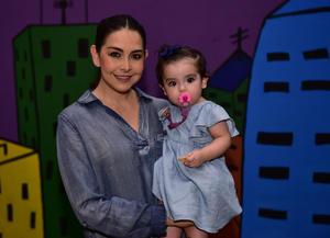 Lorena y Camila