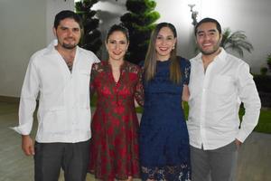 Ricardo, Eugenia, Mariana y Enrique
