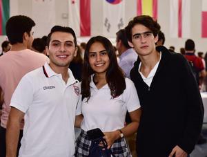 Ivan, Grecia y Mikel