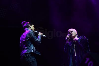La mexicana Eugenia León y los cubanos, David Torrens y Haydée Milanés, ofrecieron un show de primer nivel que destacó por la calidad de sus voces mezcladas con acertados sonidos de los músicos que los acompañaron.