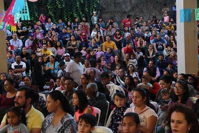 El desfile arrancó en la estación del Trenecito del Parque Guadiana.