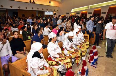La tradicional danza estuvo presente en la misa.