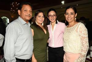 29102018 José del Castillo, Silvana Tello, Karla Campa y Yuliana Encina.