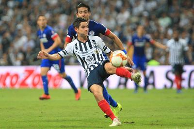 Aún y pese a que Rayados trató de anotar en varias ocasiones, los de Caixinha frenaron sin problemas la ofensiva, complicando los disparos a gol.