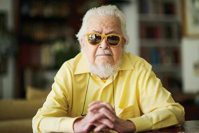 Del Paso estaba anunciado para la Feria de Guadalajara en su edición 2018 para presentar su libro La muerte se va a Granada.